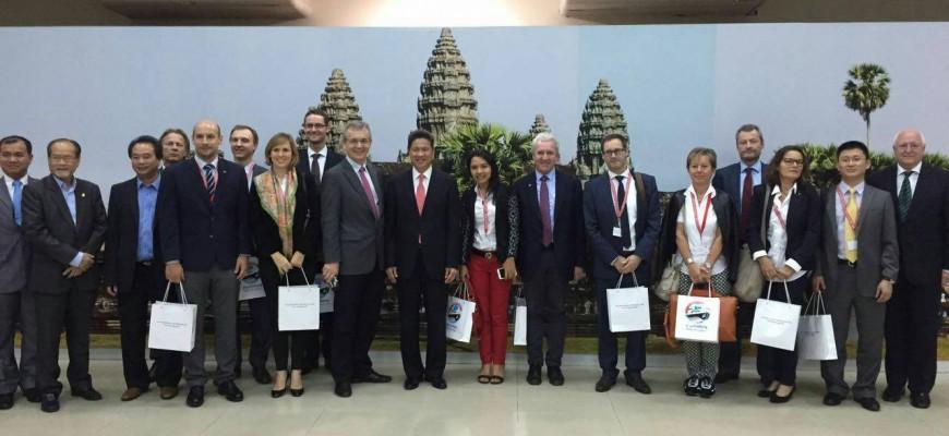SFCU Geschäftsführer DI Franz Urstöger auf Marktsondierungsreise in Laos und Kambodscha